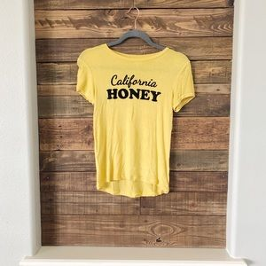 SALE 🌸 FOREVER 21 CALIFORNIA HONEY TEE